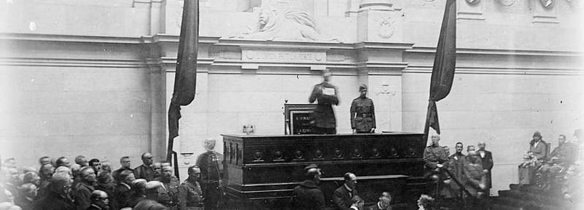King Albert of the Belgians reopening the Belgian Parliament after the First World War, Brussels, 22 November 1918.