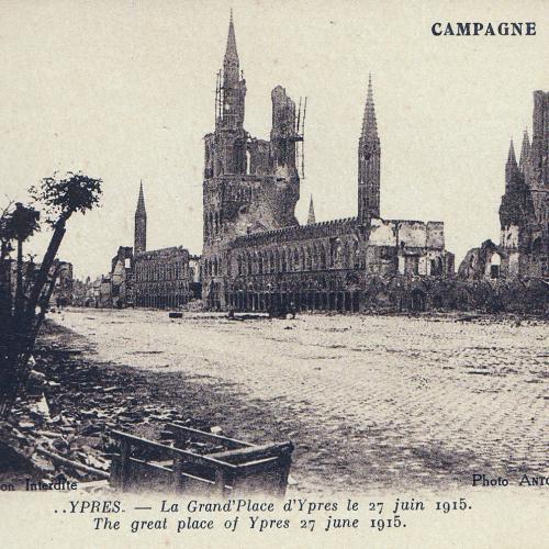 Vue de la ville d'Ypres, 1915